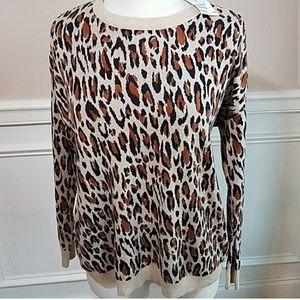 NWT. H&M animal print Sweater zipper